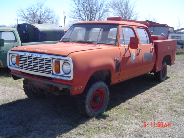 W Dodge Power Wagon Crew Cab Rescue Truck on 1972 Dodge W200 Power Wagon