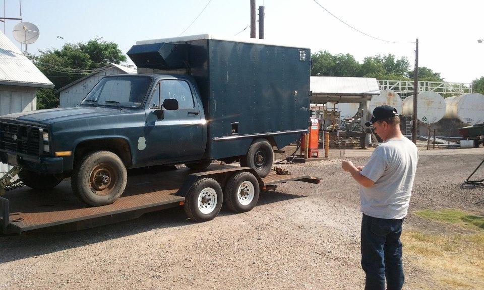 No1310 Chevrolet M1010 4x4 Military Ambulance Blue